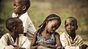 Des enfants à Ouidah, au Bénin.