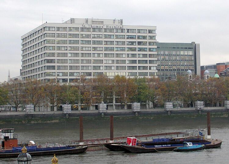 L'Hôpital Saint Thomas à Londres.