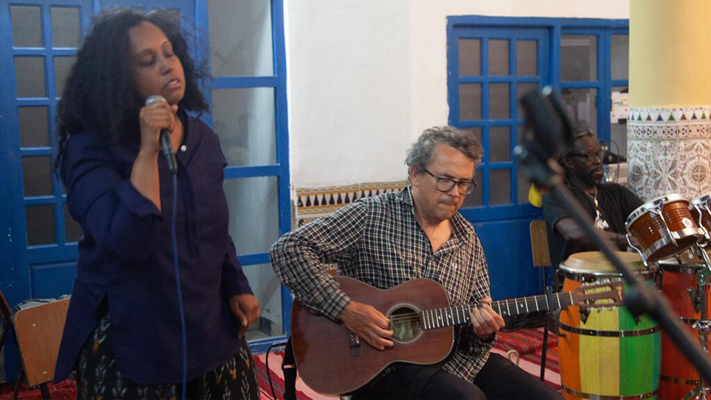 Susheela Raman et Sam Mills en répétition.