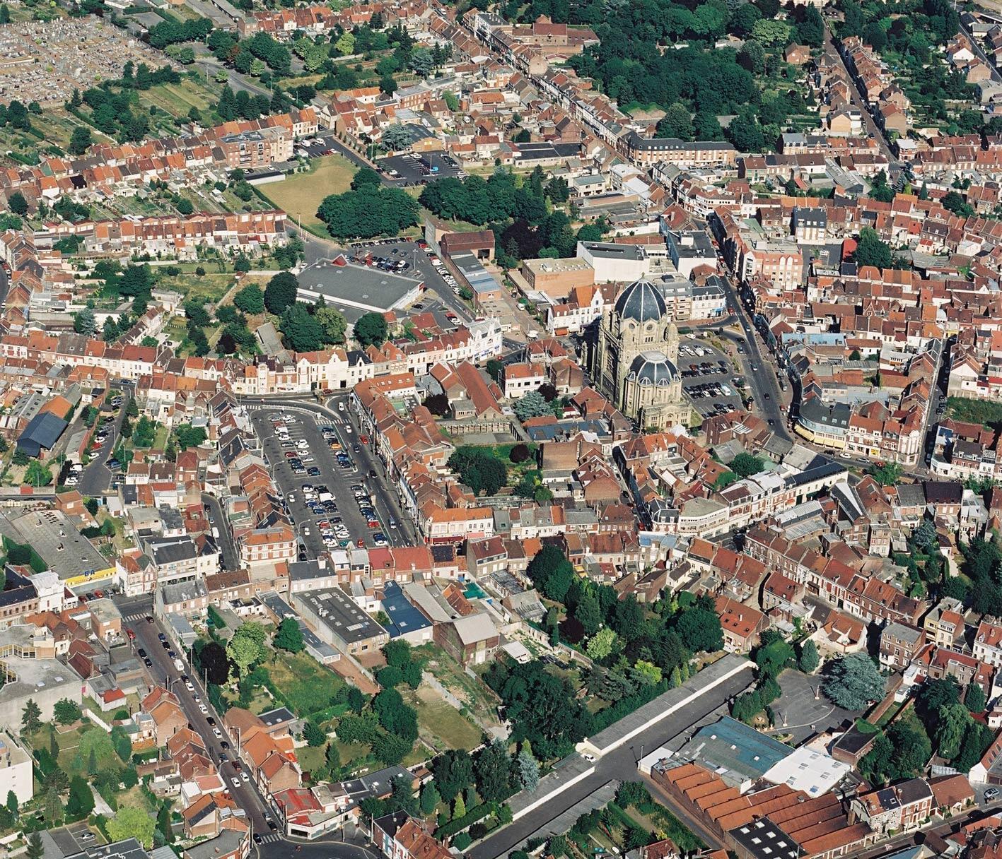 Vista aérea de la ciudad de Hénin-Beaumont.