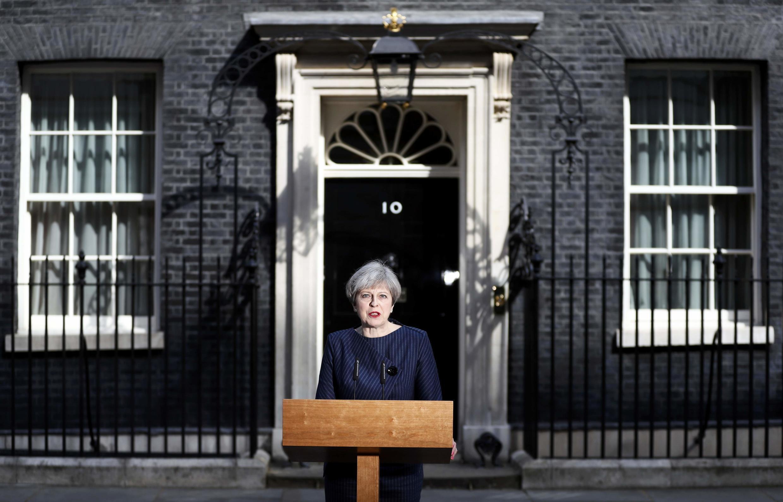 ترزا می، نخست وزیر بریتانیا خواهان برگزاری انتخابات زودهنگام در این کشور شد.