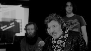 Rachid Taha à RFI en 2016 en session live pour Musique du monde avec La Caravane passe.