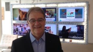 O economista Octávio de Barros apresentou palestra para empresários franceses em Paris.