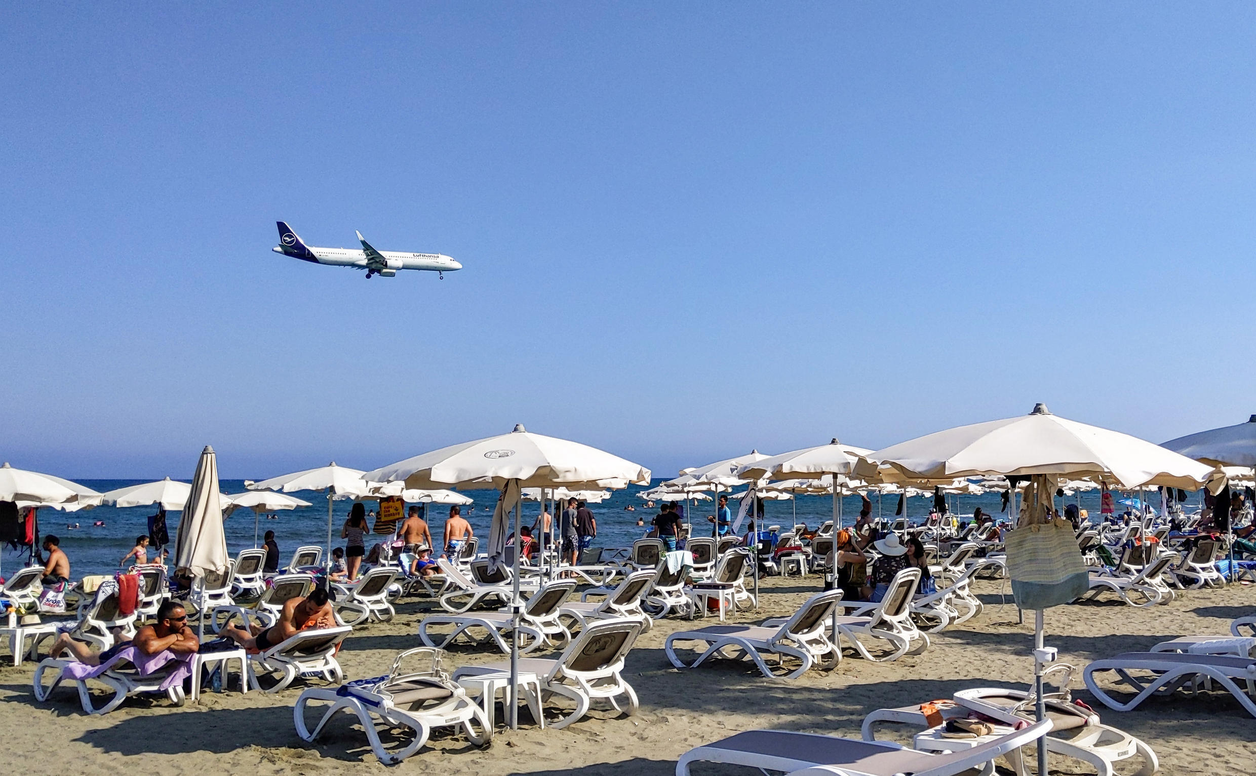 Cyprus has decided to scrap its 'golden passport' scheme after a television programme exposed its alleged abuse