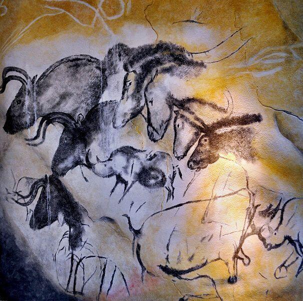 Une paroi de la grotte Chauvet (Ardèche), France, dont les peintures murales ont été réalisées il y a environ 30.000 ans.