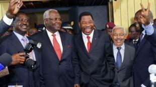 L-R : Kenyan Prime Minister Raila Odinga, Sierra Leonan President Ernest Bai Koroma, Cap-Verdien President Pedro Pires and the President of Benin Boni Yayi