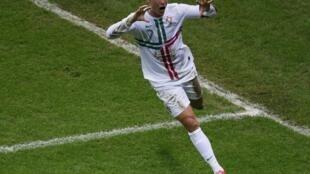Cristiano Ronaldo, capitaine et buteur décisif pour le Portugal en quart de finale de l'Euro 2012 face à la République tchèque.