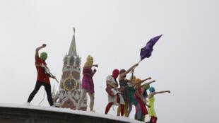 Le collectif Pussy Riot lors d'une action.