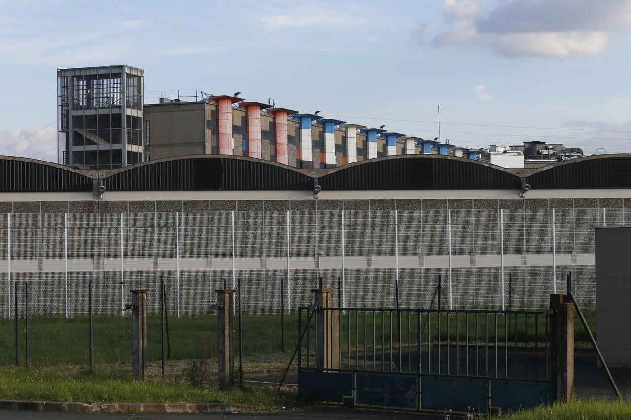 Тюрьма Флери-Мерожи под Парижем.