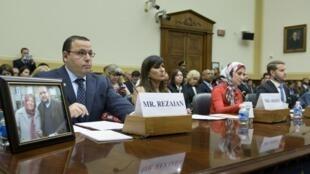 بستگان شهروندان ایرانی-آمریکائی که در ایران زندانی یا ناپدید شده اند،  در جلسه کمیته روابط خارجی مجلس نمایندگان آمریکا