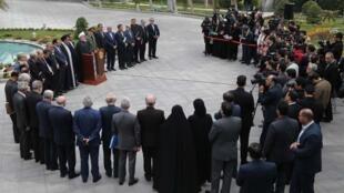 حسن روحانی، رئیس جمهوری اسلامی ایران، روز دوشنبه در حاشیه آخرین جلسه هیأت دولت