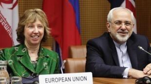 Глава дипломатии ЕС Кэтрин Эштон и глава МИД Ирана  Джавад Зариф на переговорах в Вене, 2014.