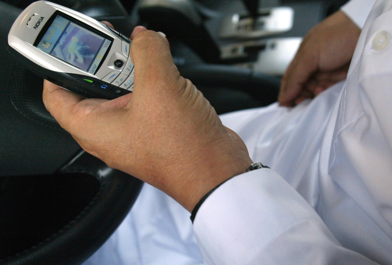 Baptisés «dumb phones», «téléphones idiots», les téléphones portables basiques font leur retour aux Etats-Unis (illustration)
