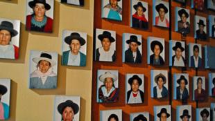 Portraits de mères, grand-mères et épouses qui n'ont jamais renoncé à retrouver leurs fils, pères et maris disparus.