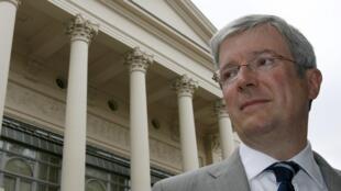 O executivo-chefe da Royal Opera House de Londres, Tony Hall, será o novo diretor-geral da rede britânica BBC.