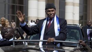 Shugaban kasar Senegal Abdoulaye Wade a yakin neman zaben shi a Dakar
