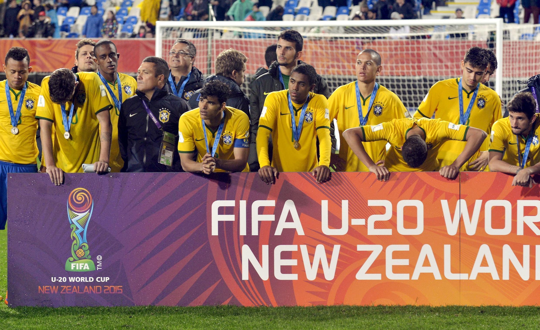 Brasil Sub-20 após derrota contra a Sérvia.