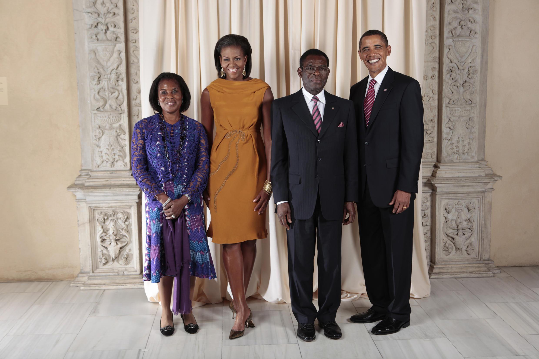 Teodoro Obiang et sa femme aux côtés de Michelle et Barak Obama, le 23 septembre 2009.