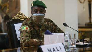 Assimi Goita, président du Conseil national pour le salut du peuple (CNSP) au Mali, lors du sommet de la Cédéao à Accra, le 15 septembre 2020.
