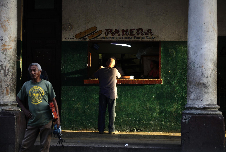 Une boulangerie de La Havane, le 29 juillet 2011.