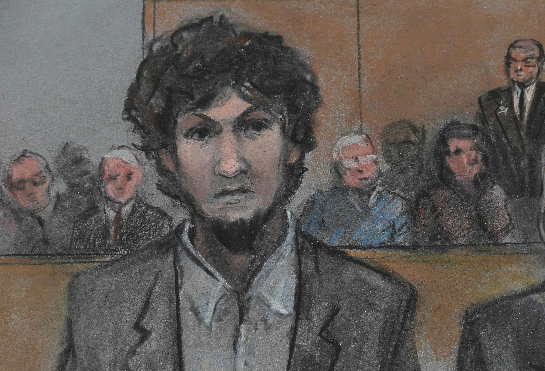 Джохар Царнаев после объявления приговора 15 мая. Рисунок из зала суда.
