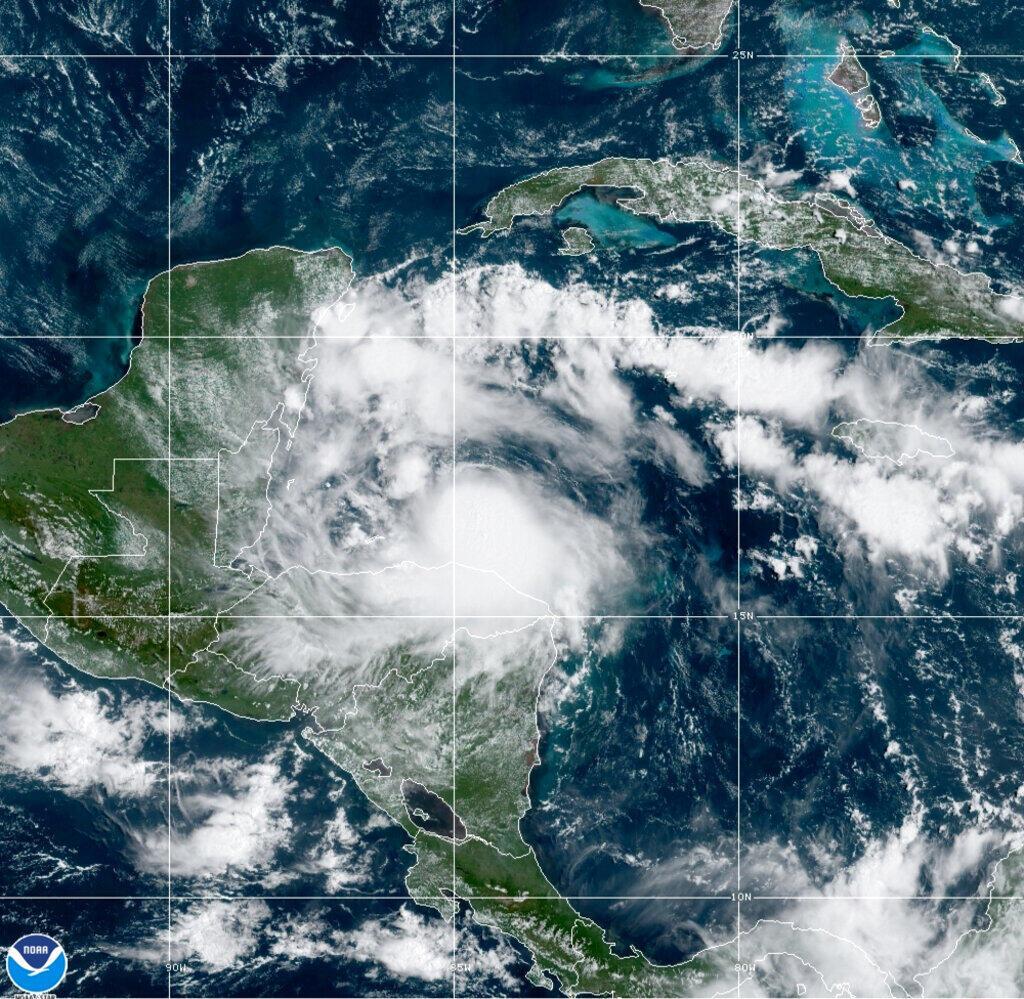 Tempestade América Central
