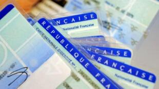 Cédulas de identidad francesas.