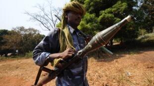 Combattant de la Seleka à Damara, le 10 janvier 2013.