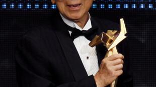 Le producteur hongkongais Raymond Chow est à l'origine de la célébrité de Bruce Lee, notamment.