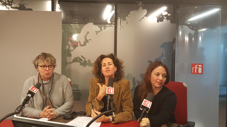 Emmanuelle Bastide et les tchatcheuses.