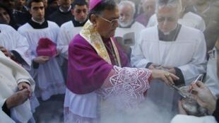 Đức Thượng phụ Jerusalem Fuad Twal cử hành thánh lễ Noel tại Bethlehem (Reuters)