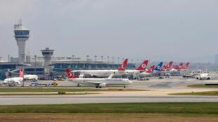 Selon le quotidien turc Hürriyet, Jacquelin Sutton était en transit à Istanbul pour se rendre à Erbil.