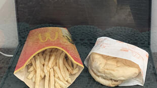 Le dernier hamburger de McDonald's en Islande.