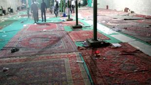 Imagen de la mezquita de Shiraz donde un atentado con explosivos provocó en 2008 14 muertos y más de 200 heridos