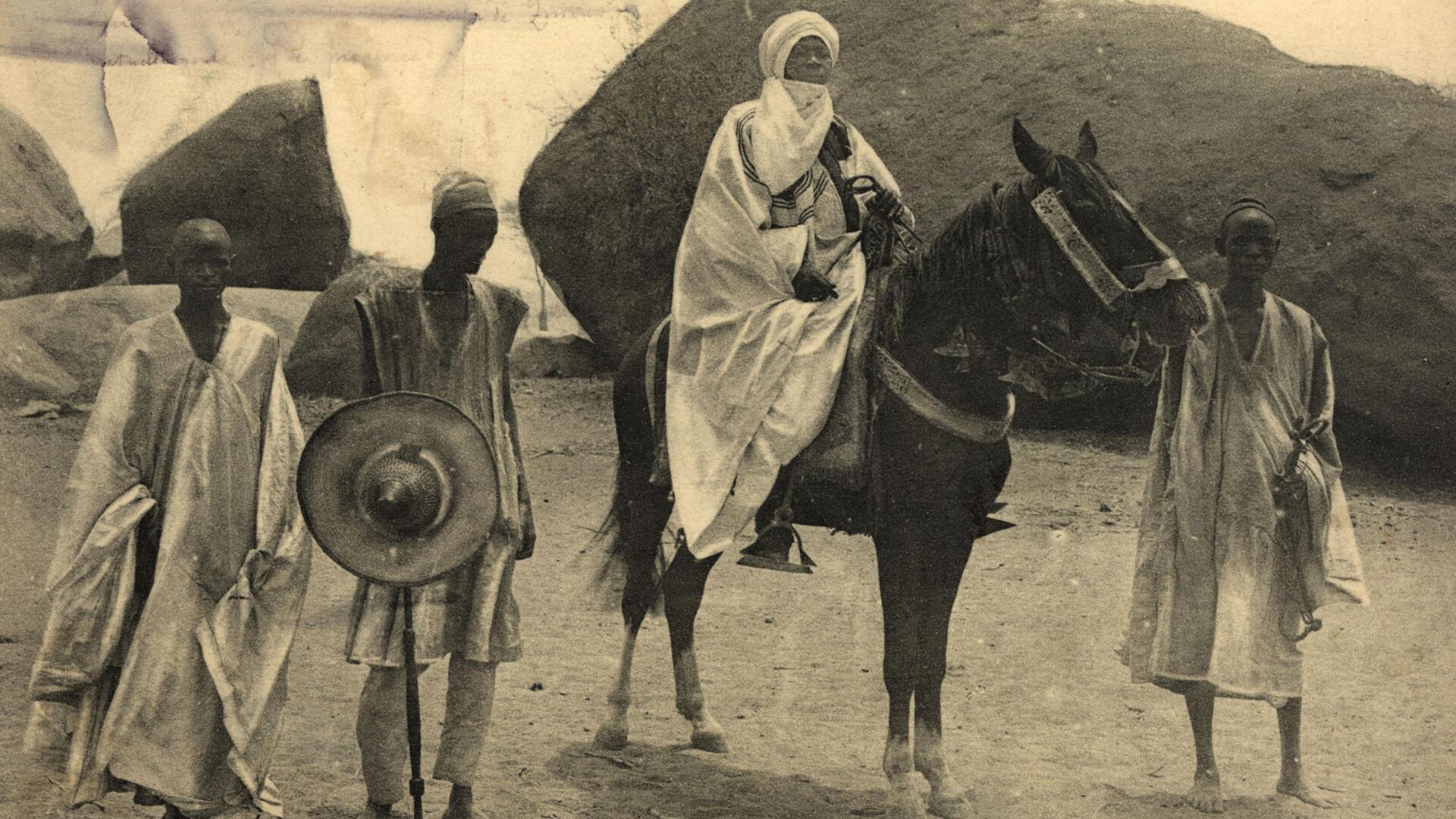 Niger - Le Bellama se mettant en scène comme le nouveau souverain - Camille Lefebvre - La marche du monde