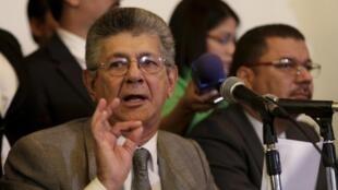 Henry Ramos Allup, presidente de la Asamblea Nacional de Venezuela durante una conferencia de prensa el 12 de febrero de 2016 en Caracas.