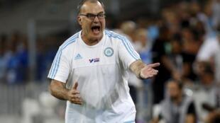 Marcelo Bielsa abandona el banquillo del Olympique de Marsella tras 15 meses dirigiendo como entrenador.