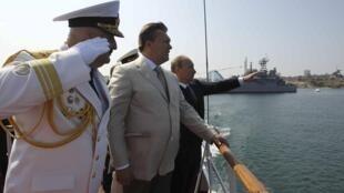 Владимир Путин и Виктор Янукович в Севастополе, 28 июля 2013 года