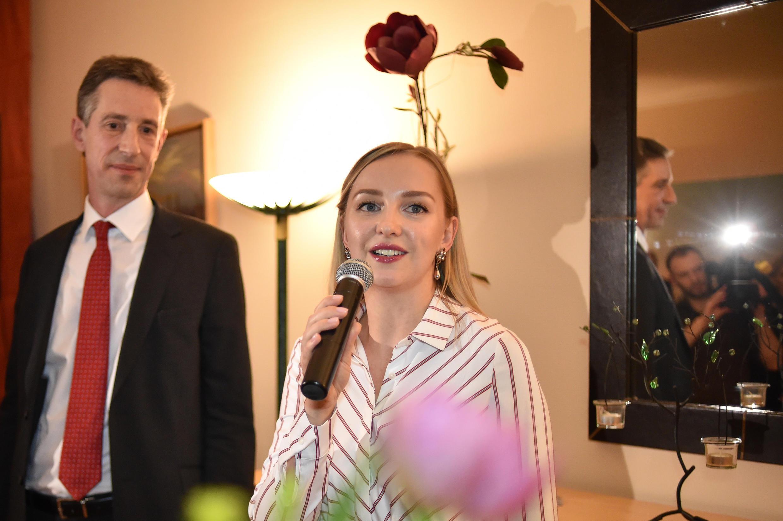 Посол Дидье Канесс и владелица «Бистро Бриошь» Галина Корсак
