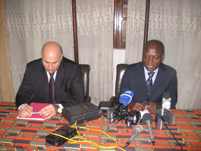 Paulo Drummond, chefe da missão do FMI para a Guiné-Bissau e José Mário Vaz, Ministro das Finanças da Guiné-Bissau