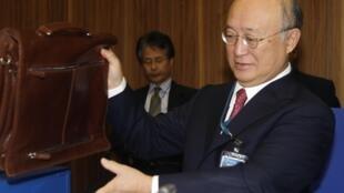 Le Japonais Yukiya Amano sera à la tête de l'AIEA pour quatre ans.