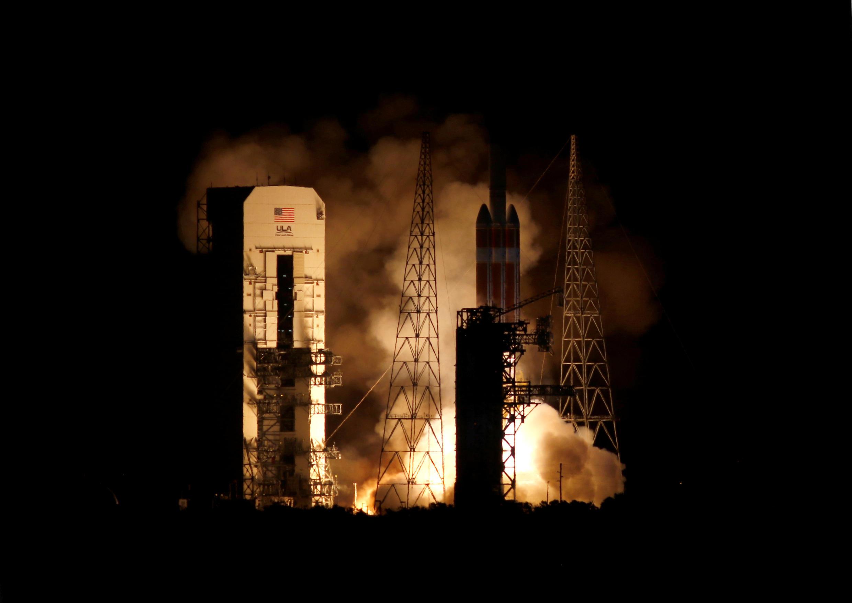 Запуск ракеты Delta IV Heavy с солнечным зондом «Паркер» на борту, 12 августа 2018 г.