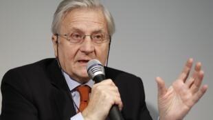 O presidente do Banco Central Europeu, Jean Claude Trichet, em coletiva de imprensa nesta sexta-feira em Paris.