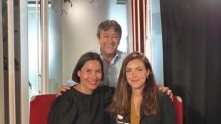 Grecia Cáceres y Johane Génovès con Jordi Batallé en RFI