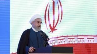 O Presidente  do Irão, Hassan Rohani, lamentou o erro humano que levou a queda do avião de passageiros ucraniano.