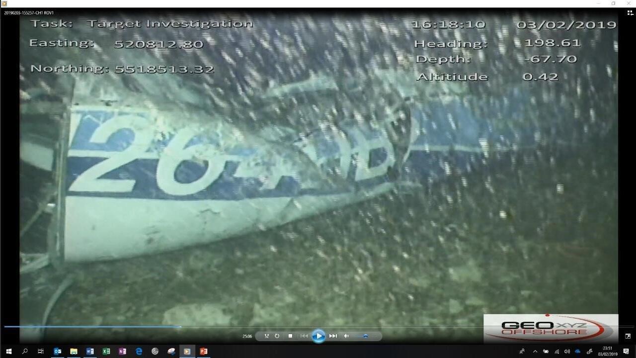 Imagem de destroço de avião que transportava o jogador Emiliano Sala é divulgada pela agência britânica de investigações de acidentes aéreos