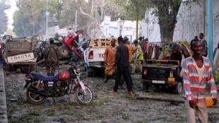 被汽車炸彈襲擊的納紮-哈布羅德(Nasa hablod)酒店附近2017年10月28日摩加迪沙