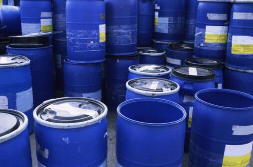 Les pays consommateurs de pétrole vont libérer de leurs stocks l'équivalent de 2 millions de barils par jour pendant un mois.