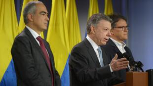 El presidente Juan Manuel Santos en conferencia de prensa en Bogotá el 12 de marzo de 2018.