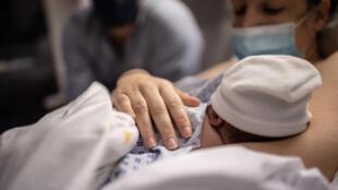 2021-01-19 Maternité france natalité naissances